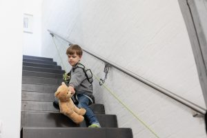 Mountain rescue at Mount Stairs / LockDown with child 2020 / photographer: Nils Hendrik Mueller
